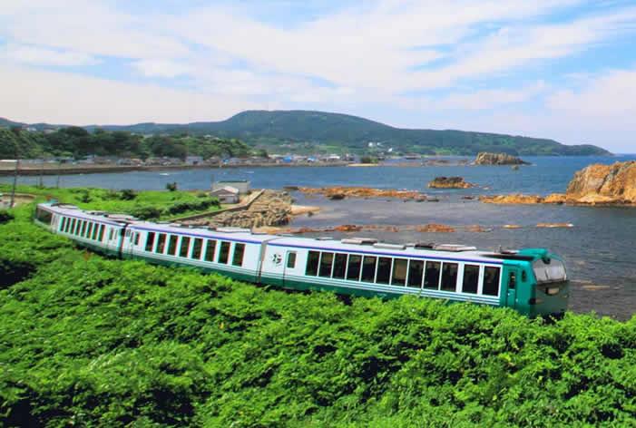 【DATA WATCHING】旅行好きが選ぶ!おすすめのローカル列車ランキング