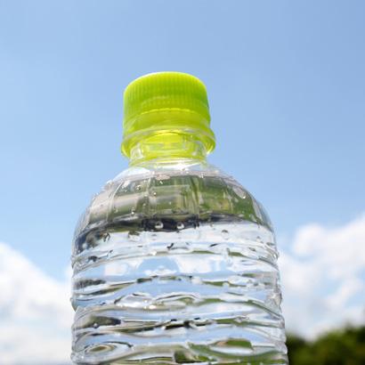 なぜダイエット中に水をたくさん飲むとよいのか?