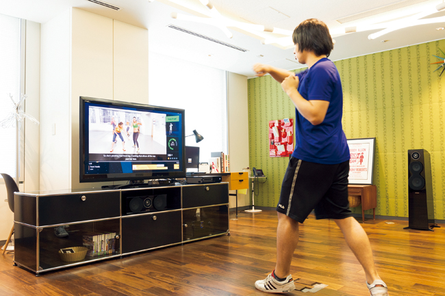 【製品レビュー】『Xbox One+Kinect』のゲームエクササイズなら楽しく鍛えられるか?