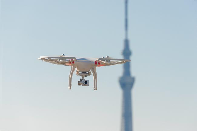 """【IT HACKS】市場規模は3兆円!?""""空飛ぶ家電""""ドローンは産業界に革新をもたらすか?"""