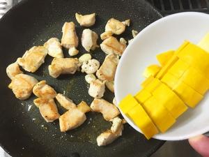 鶏むね肉と夏野菜の彩炒め014