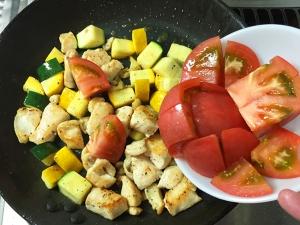鶏むね肉と夏野菜の彩炒め016