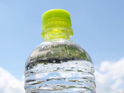 ペットボトルのミネラルウォーター利用率は3割!水道水をそのまま飲まない人が多い関東
