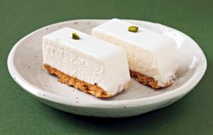 西洋菓子しろたえ 赤坂『レアチーズケーキ』