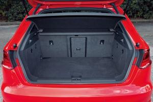 アウディ『A3 Sportback e-tron』