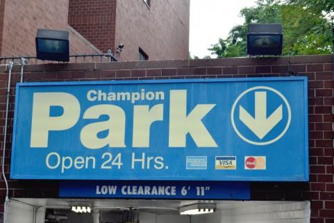 男女でこんなに違いが!空いている駐車場が見つからなかった時、どうする?