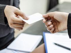 営業マンの名刺管理、デジタルとアナログどっちが便利?