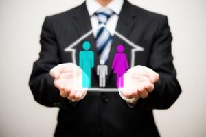 【30歳からの保険講座】結婚を機に考える保険。守るべきものが増えたときに必要な備えとは?
