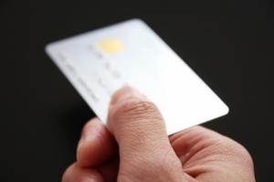 お得に買い物できる『鬼太郎カード』に注目!!地方発信のお得&便利なクレカ8選