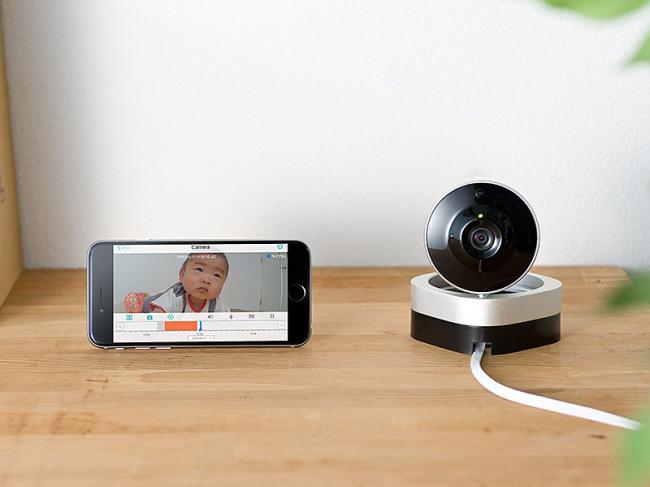 赤外線撮影や動体検知機能を搭載したサンワサプライのネットワークカメラ『400-CAM051』