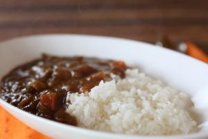 お米のプロに聞く!カレーが最も美味しくなるお米の選び方と炊き方とは?