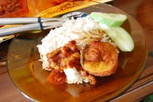 この夏流行するエスニック食ランキング1位に輝いたのは、タイの絶品カレー「プーパッポンカリー」