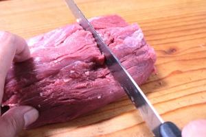 衰え知らずの肉ブーム!失敗しない赤身肉のおいしい焼き方