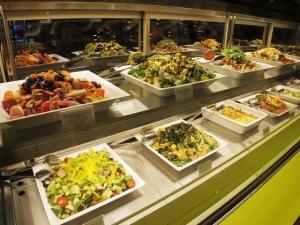 NYスタイルのお洒落なフードホール・マーケット『SHINAGAWA DINING TERRACE』が品川にオープン