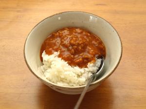 ハウス食品「温めずにおいしい! 夏のカレー 旨辛キーマカレー【大辛】