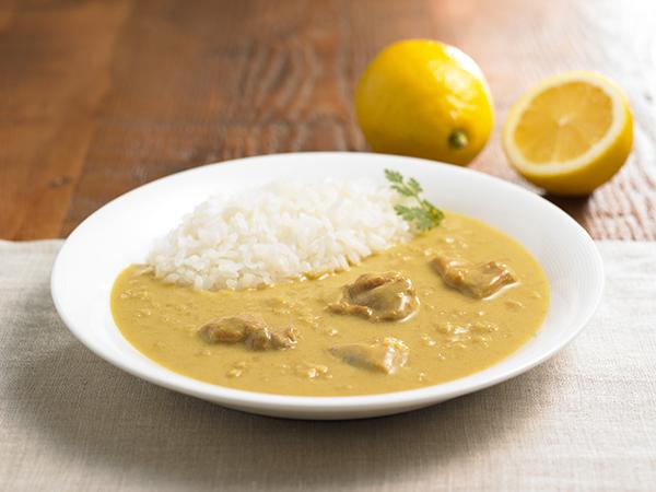 ほどよいスパイスとレモンの酸味が絶妙な無印良品『シチリアレモンのクリーミーカレー』