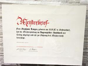 ドイツ国家公認眼鏡マイスターの証書