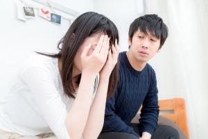 女の沈黙からの「別に」攻撃をうまくやり過ごす方法