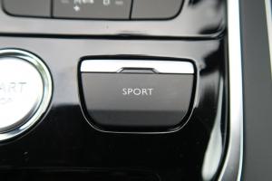 新しいディーゼルエンジンを搭載したプジョー『308』『508』の実力検証