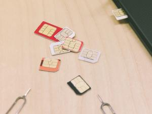 スマートフォンの新しい料金プランに関する実態調査