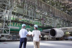 飛行機の塗装どうやるか知ってる?北海道に行くならAIR DO特別塗装機「ベア・ドゥ北海道JET」で!