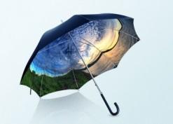 雨の日が楽しくなる!360°写真を傘の内側にプリントできるサービス『PANORELLA』
