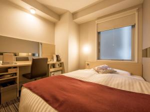 ベッド幅は140~150cmと広々