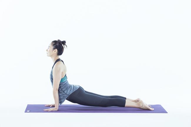 呼吸器系の不調と姿勢を改善させるポーズ【男のヨガ講座】