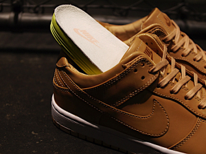 "NIKE DUNK LUX LOW ""LIMITED EDITION for NIKELAB"""
