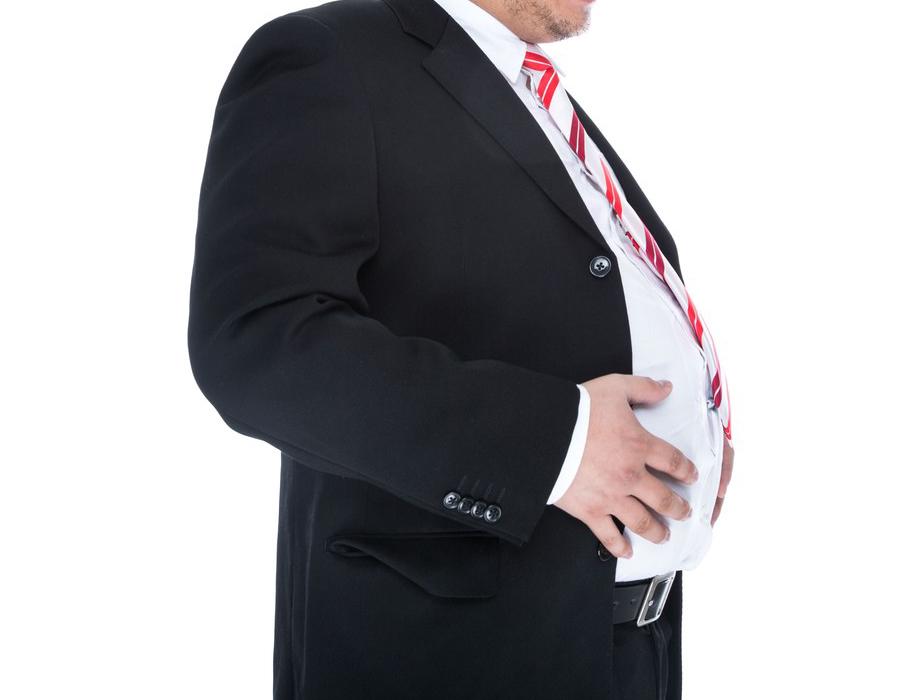 30、40代男性の約半数が「昨年より体重増」、脂肪がついたカラダのパーツ1位は○○