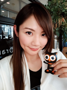 『ZenFone 4 Selfie Pro』で撮った富永さんの自撮り写真