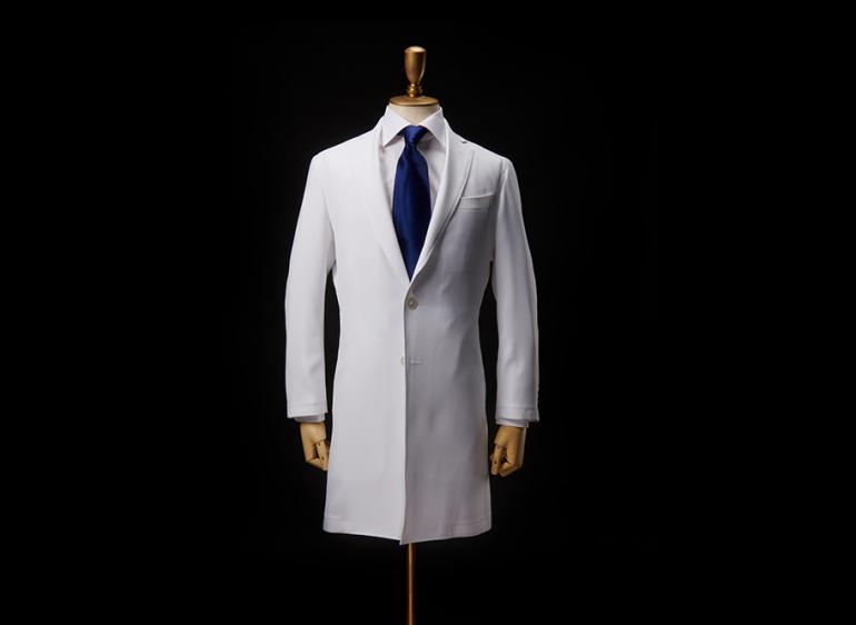 その仕立てはもはやスーツ!〝白衣を正装にする〟メンズ白衣ブランド「DRESSIR」がサービス開始