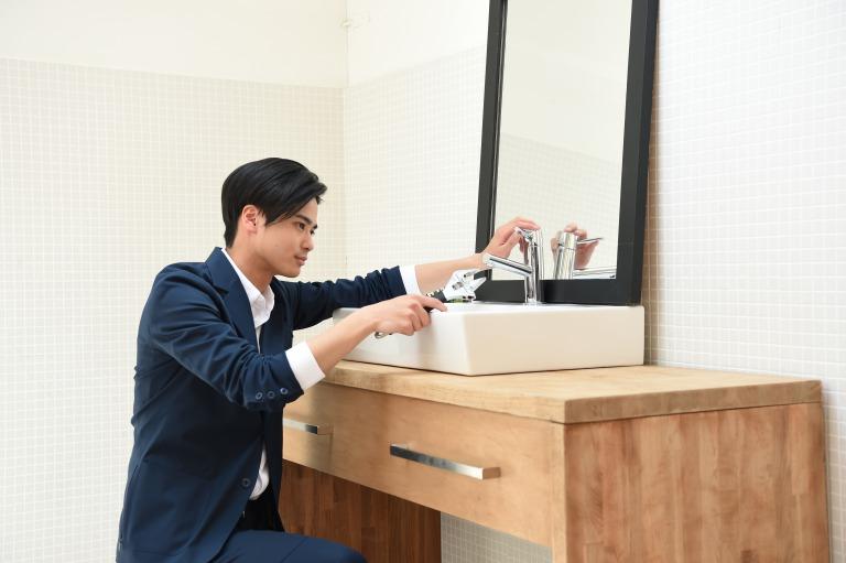 設備・建設業界の人手不足解消につながるか?世界初のスーツ型作業着『WORK WEAR SUIT』