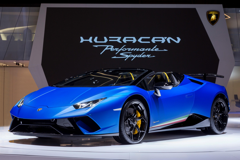 ランボルギーニが5.2ℓ、V10気筒エンジンを搭載した最強の
