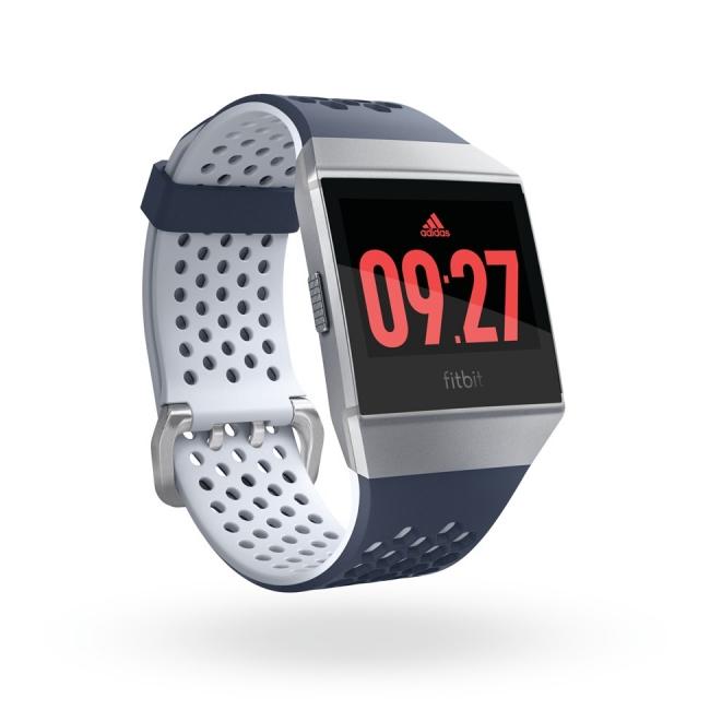 0776f277ec フィットビット・ジャパンは、ランニングに取り組む初心者から経験豊富なアスリートのパフォーマンス向上を支援するスマートウォッチ、Fitbit  Ionicの「アディダス ...