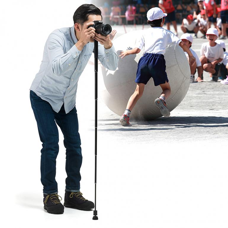 スマホにも対応!6段階、最大123cmまで伸縮するサンワサプライのカメラ一脚