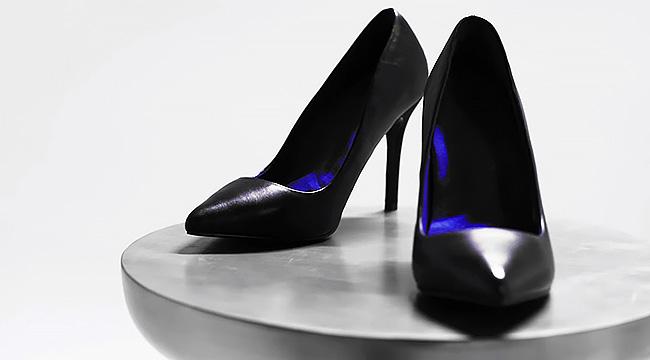 まるでスニーカーのような履き心地のハイヒール hi tech heels flats