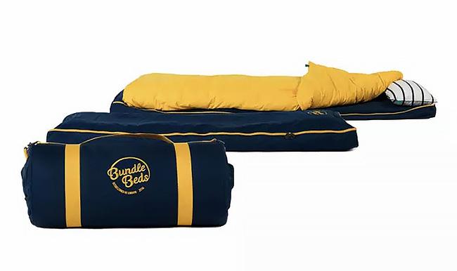 どこでも快適に寝られる 枕付きのオールインワンポータブルベッド