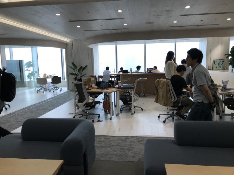 モチベーションは環境から生まれる?かっこよく働けるUSEN-NEXT HOLDINGSの新オフィスの全貌
