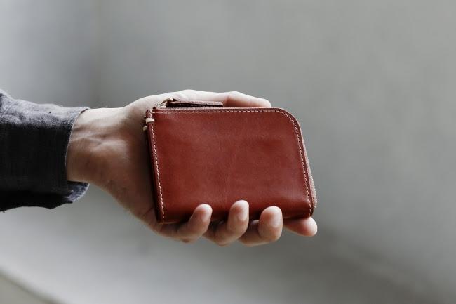 発売後、数日で完売するほどの人気ぶりだった土屋鞄の財布「Lファスナー」の第2弾が数量限定で登場