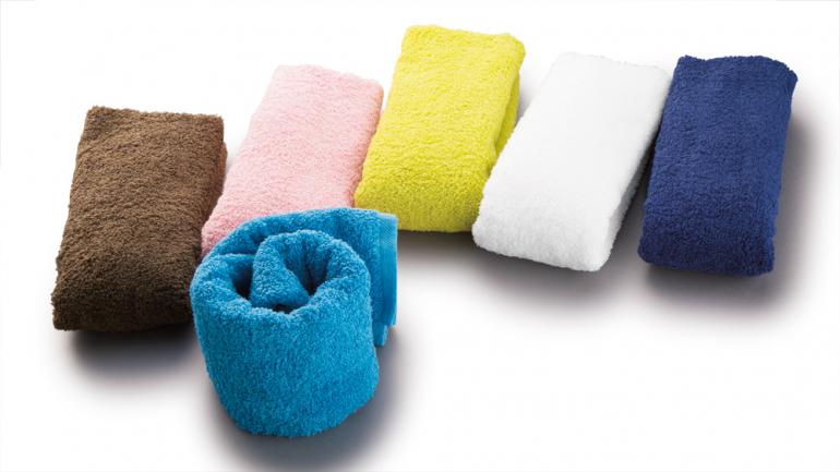 何度洗ってもふわふわの手触り!650万枚以上売れている浅野撚糸の極上タオル「エアーかおる」