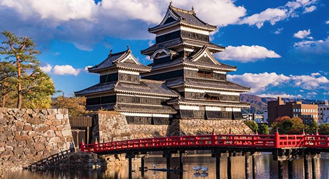今、最も検索されている「日本の城」ランキング、3位松本城、2位竹田城 ...