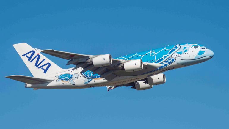 一度は乗りたい 大人気の2階建て飛行機 Ana エアバスa380 の乗り心地 サービス 機内食をチェック Dime アットダイム