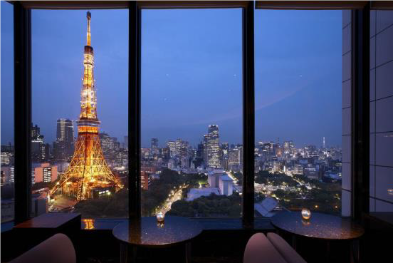 ここでプロポーズすれば成功間違いなし!?夜景やイルミネーションが美しい国内ホテル6選 @DIME アットダイム
