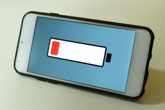 iPhoneのバッテリーの減りが早いと感じたらトライしたい「バッテリーリフレッシュ」の方法
