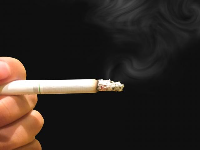 喫煙者と非喫煙者でどう違う?「仕事中にたばこ休憩を取る」こと ...
