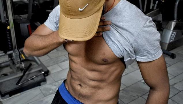 筋肉 を つける 運動