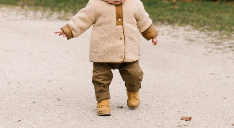 よちよち歩きの赤ちゃんのo脚の原因を解明 順天堂大学医学部研究 Dime アットダイム