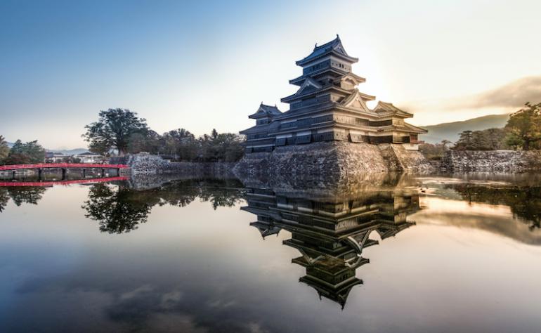 旅好きが選んだ日本の城の人気ランキング、3位松山城、2位松本城、1位 ...